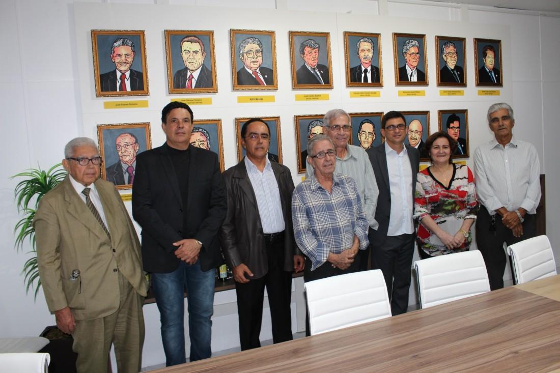 Coluna DB-666-170616-ACI 108-Ronaldo e Ex-Presidentes